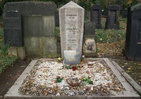 kafka mezarı